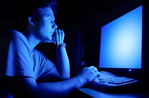 The Longer I Look Online, The Worst IFeel